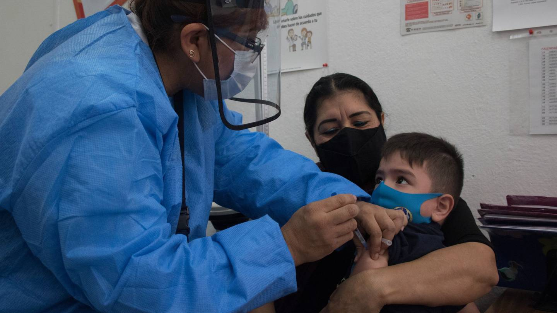 Menores vacunados